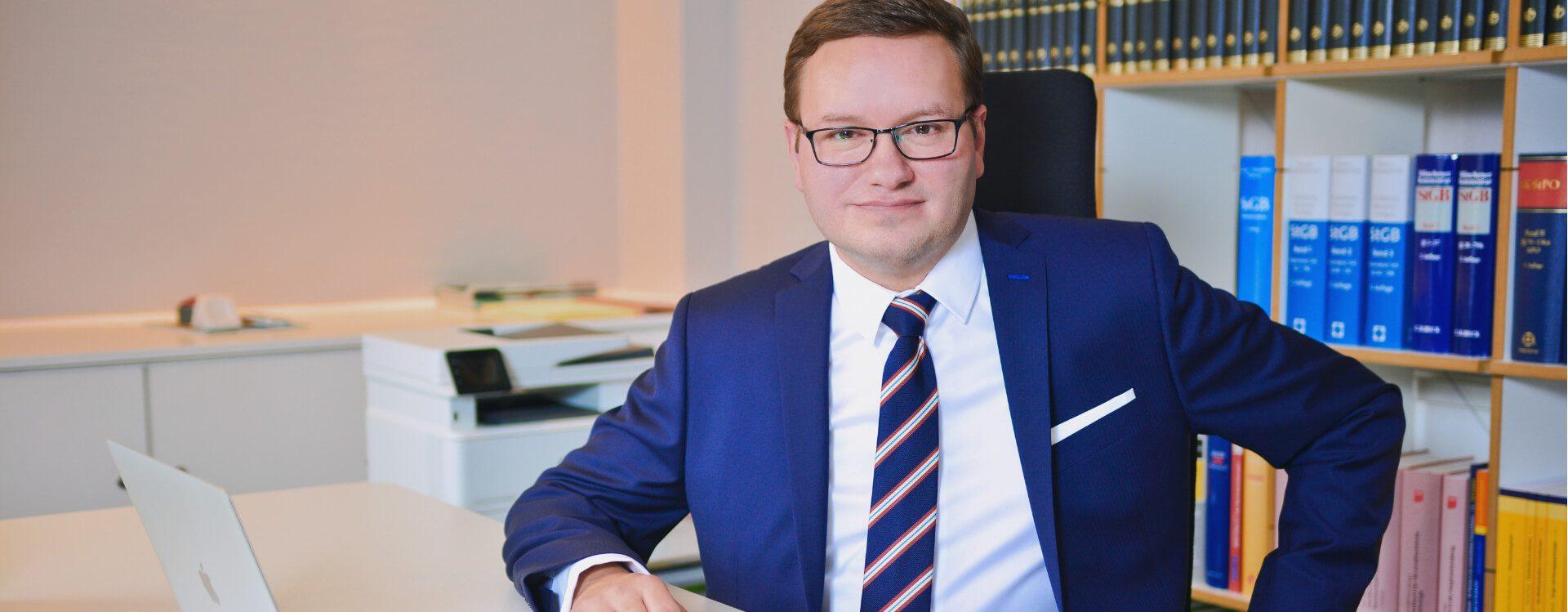 Professionelle und seriöse Strafverteidigung in Hamburg | Rechtsanwalt für Strafrecht und Wirtschaftsstrafrecht Mirko Laudon stellt sich vor
